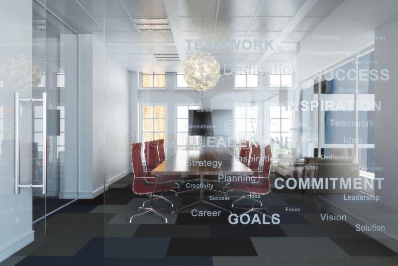 Salle de conférence ayant beaucoup d'étages de bureau d'affaires vides contemporaines exécutives donnant sur une ville photos libres de droits