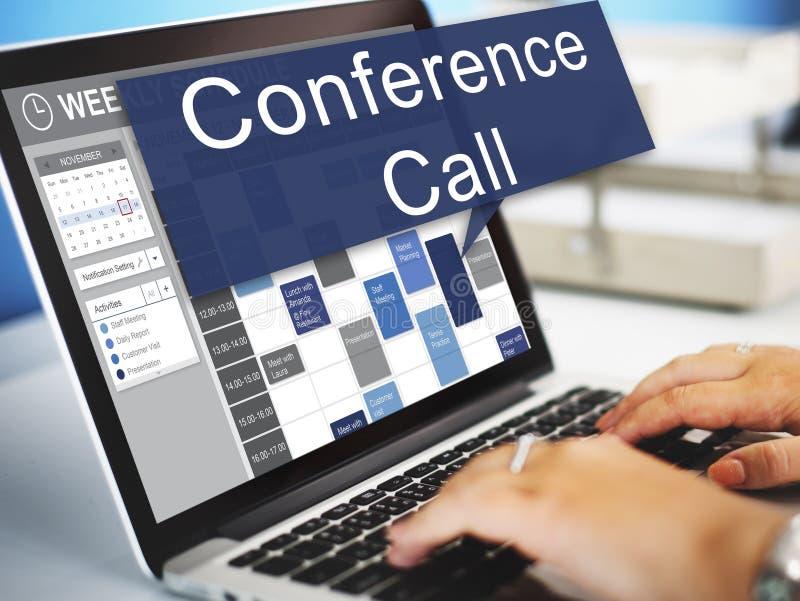 Salle de réunion de conférence téléphonique faisant un brainstorm Team Concept images libres de droits