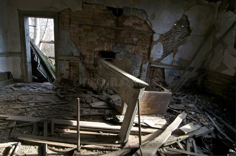 Salle de séjour abandonnée images libres de droits