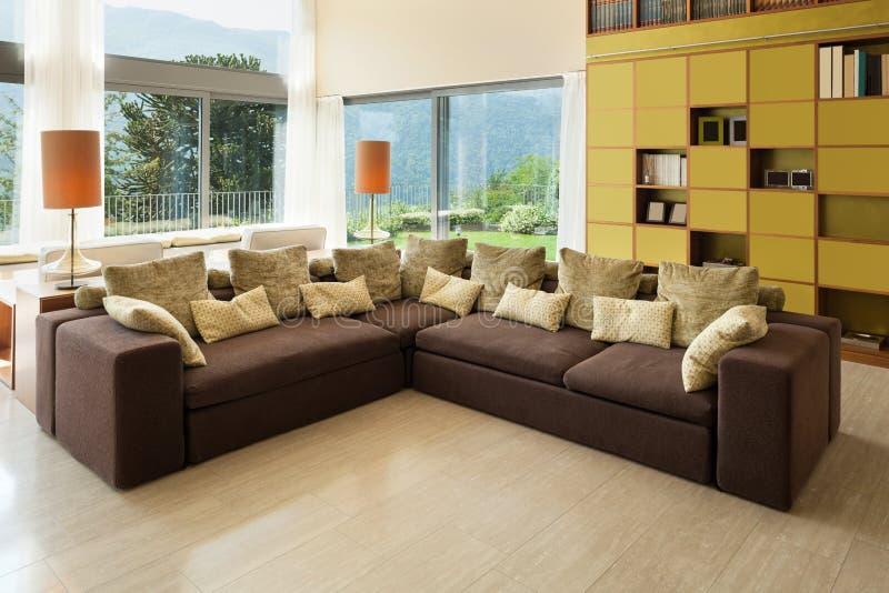 Salle de séjour moderne photo stock. Image du architecture ...