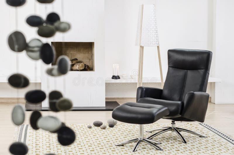 Salle de séjour moderne de maison de conception intérieure photos libres de droits