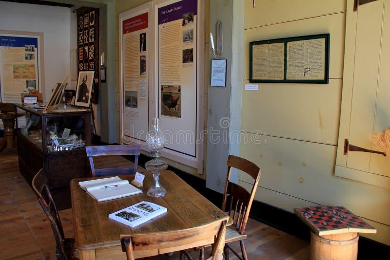 Salles intérieures avec plusieurs articles d'importance, Starr Clark Tin Shop Museum, Mexique, New York, 2016 photo libre de droits