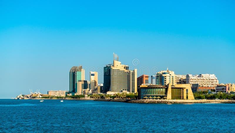 Salmiya地平线在科威特 库存图片