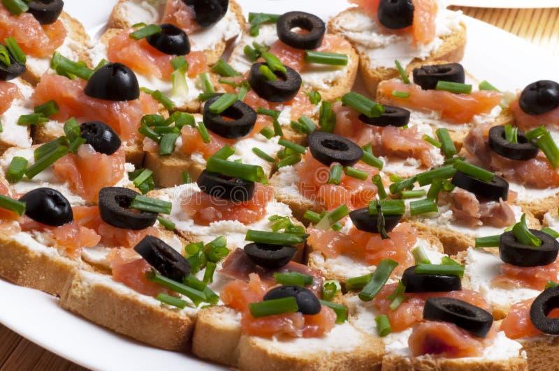 salmon курят сандвич, котор стоковые изображения rf