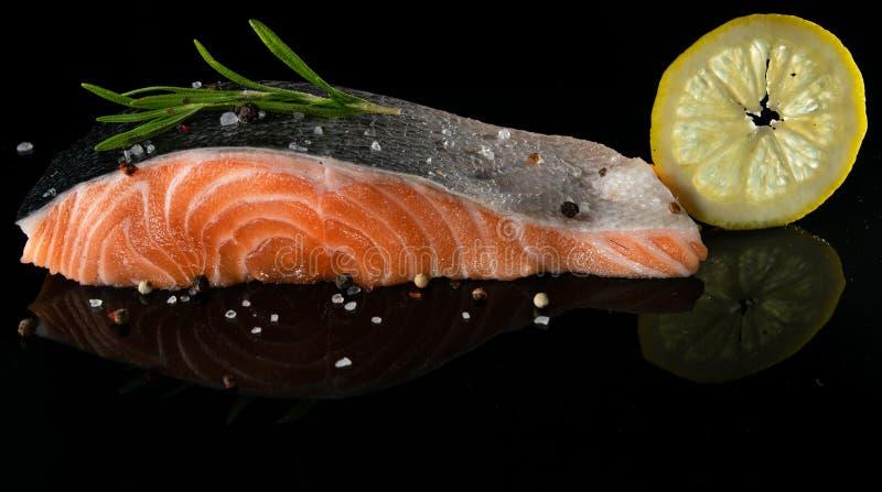 Salmon свежая на a стоковые изображения