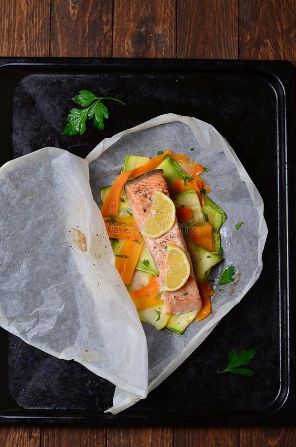 Salmon Baked In Parchment Paper fotos de stock