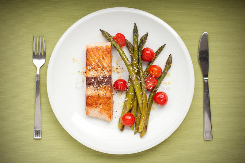Download Salmon Fillet With Asparagus And Cherry Tomatoes Stock Photo - Image: 40284926