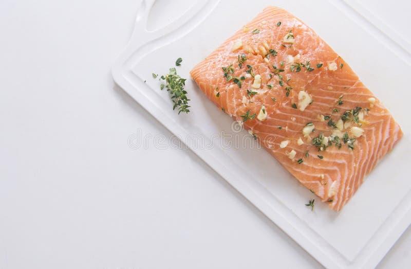 Salmon Fish fresco, cocinando los mariscos imágenes de archivo libres de regalías