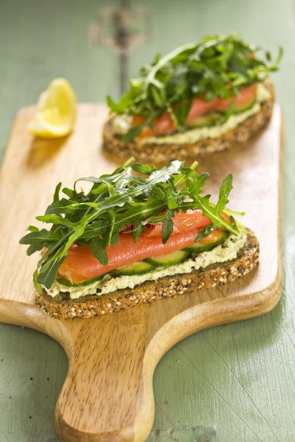 Salmon Sandwich fotografia stock libera da diritti