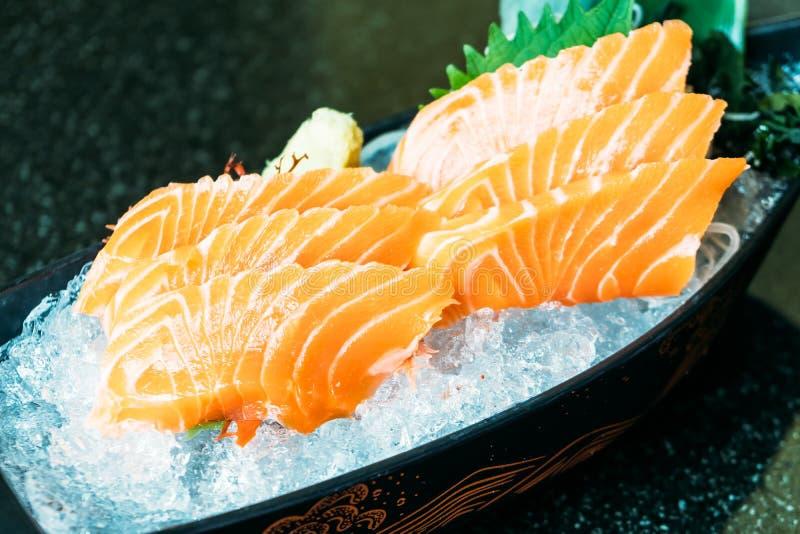 Salmon sashimi image stock image du closeup poissons for Poisson japonais nourriture