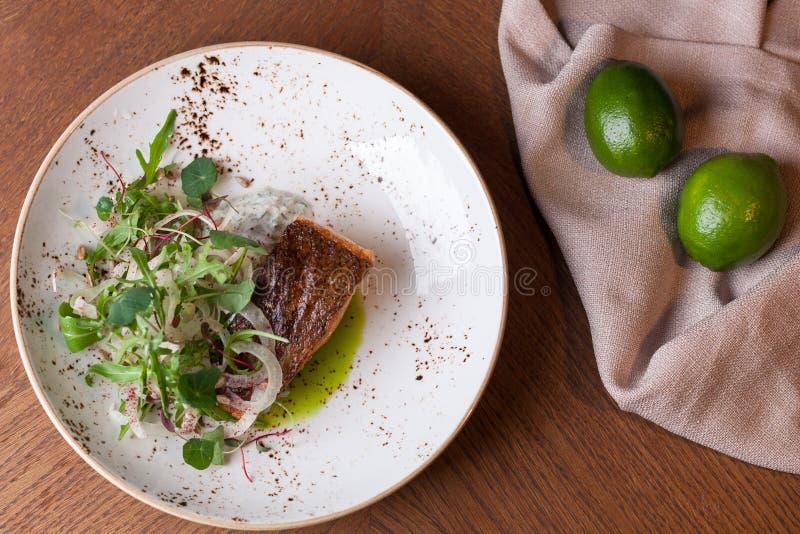 Salmon Steak a tiré d'en haut image stock