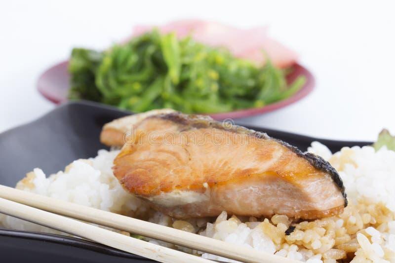 Salmon Teriyaki grelhado com arroz imagem de stock royalty free