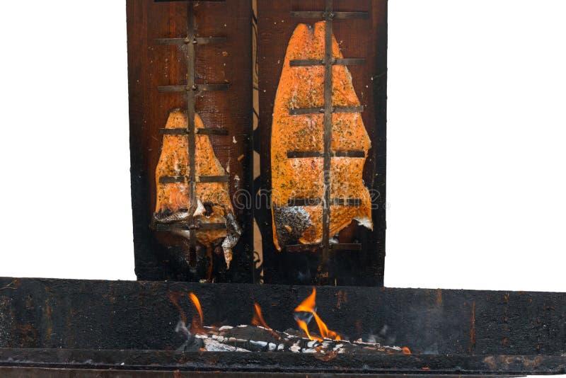 Salmones fumados tradicionales fotos de archivo