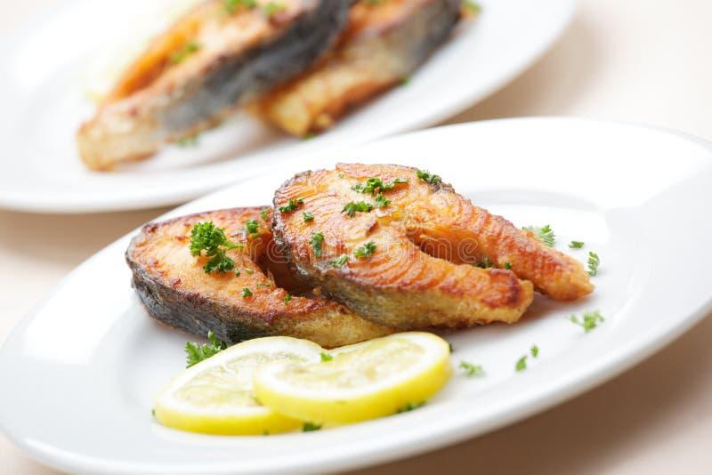 Salmoni arrostiti immagine stock libera da diritti