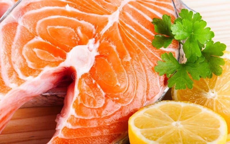 Salmoni grezzi freschi immagini stock libere da diritti
