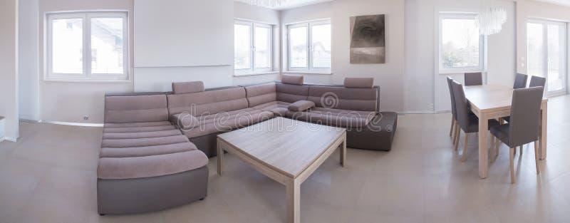 Salon avec diner l'espace photographie stock libre de droits