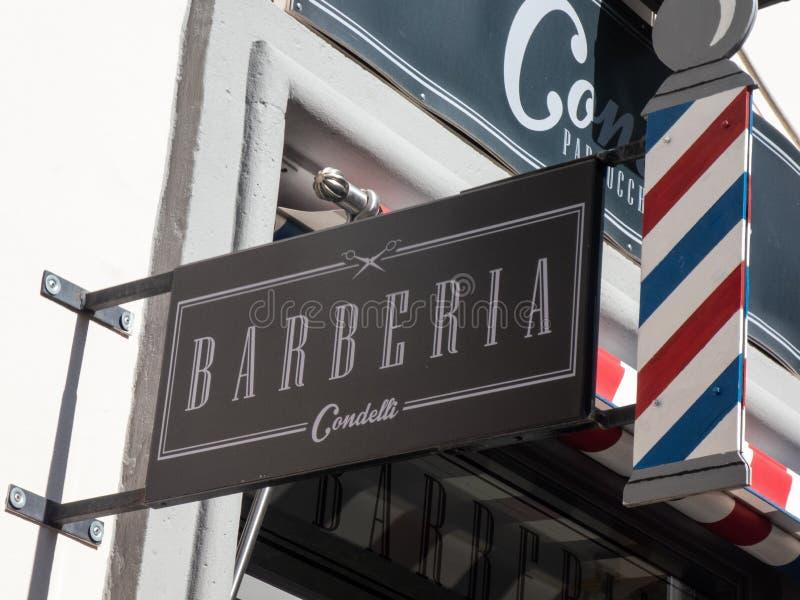 Salon de coiffure de Condelli ? Rome, Italie images stock