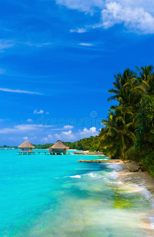 Salon de station thermale sur la plage photo stock