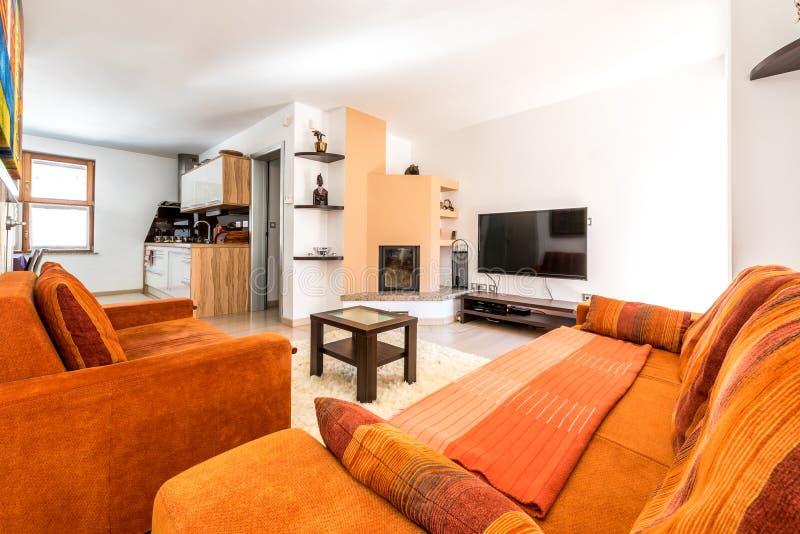 Salon Moderne D appartement De Logement Avec Le Sofa Et Le Fauteuil