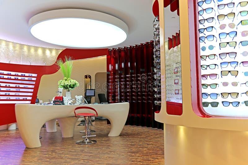Salon moderne d'opticien photos libres de droits