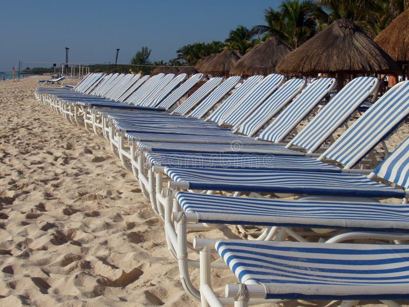 Salon sur la plage images stock