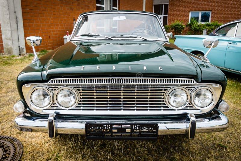 Salone 100% 213E, 1962 di Ford Zodiac Mark III dell'automobile fotografie stock