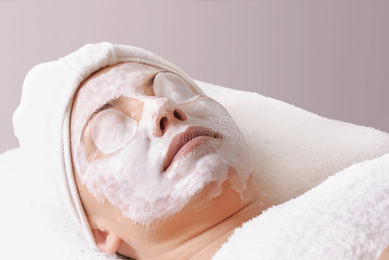 Download Salongbehandling arkivfoto. Bild av relax, kvinnlig, strålglans - 32620