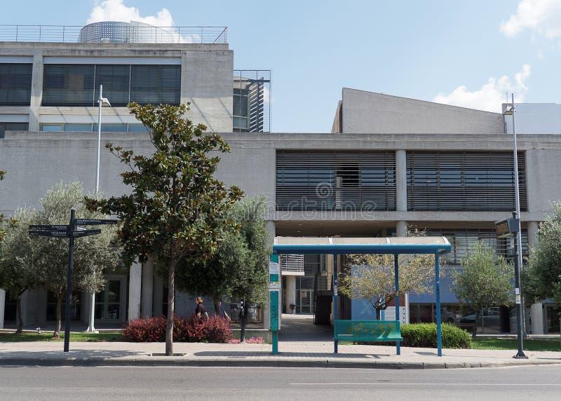 Salonique, Grèce - 4 septembre 2016 : Arrêt d'autobus public d'hôtel de ville de Salonique photo stock