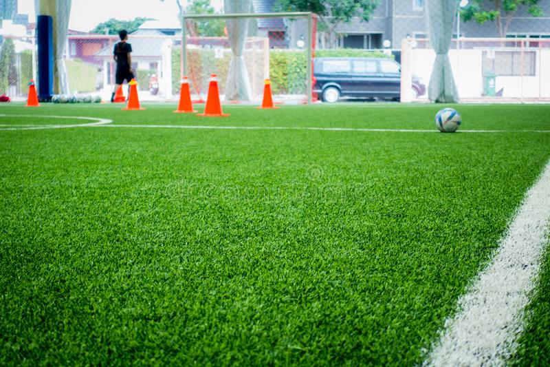 Salowej piłki nożnej podstawy szkolenia plamy abstrakcjonistyczny tło fotografia royalty free