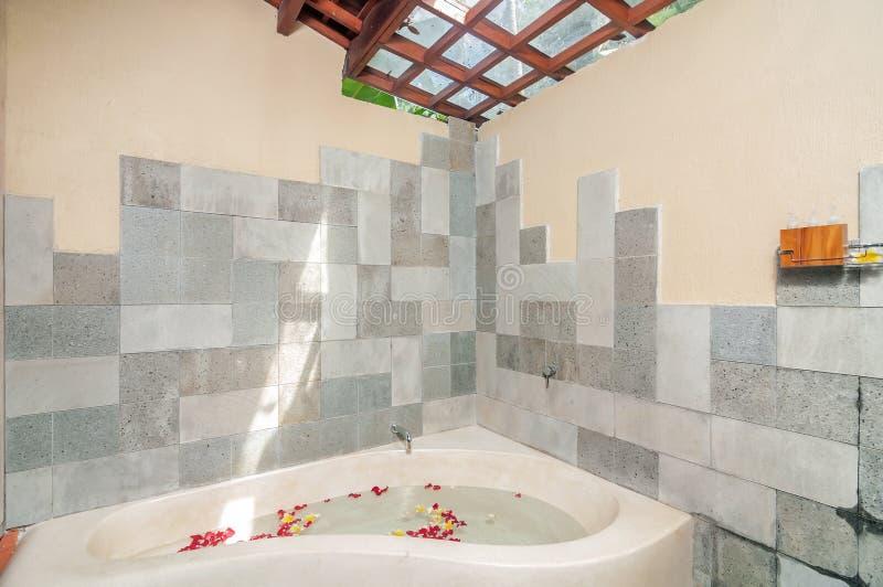 Salowy Czysty Bathup zdjęcie stock