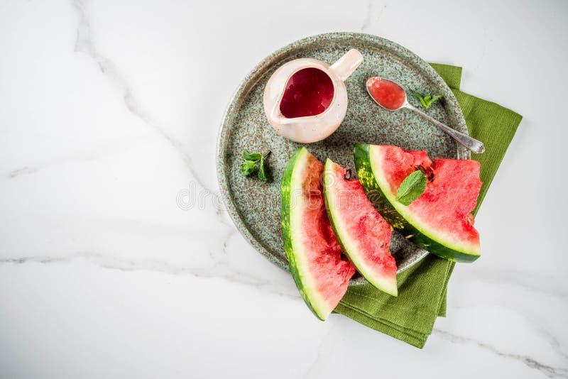 Salsa agrodolce dell'anguria immagini stock