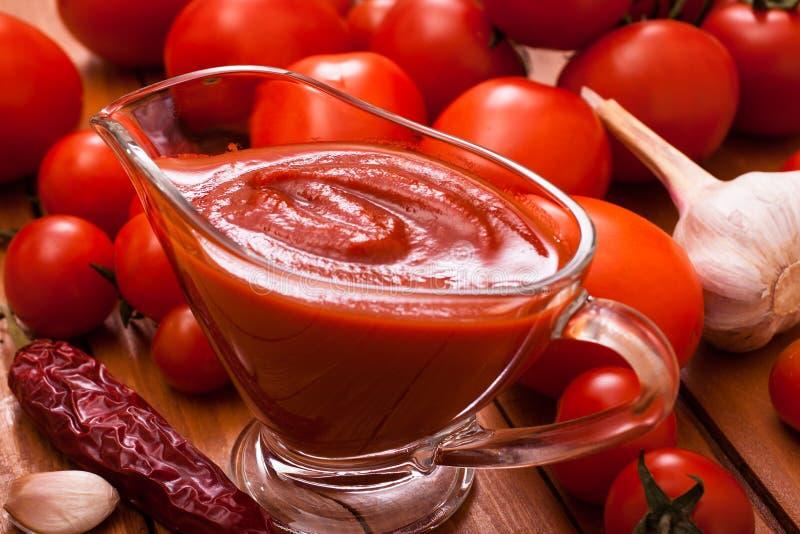 Salsa al pomodoro immagine stock