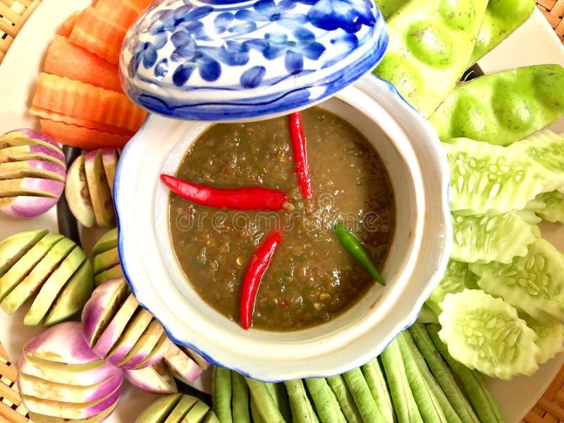 Salsa de chiles de la goma del camarón Nam Prik Ka Pi imágenes de archivo libres de regalías