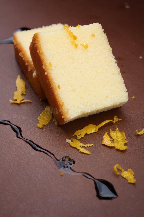 Salsa de chocolate de la torta de la mantequilla imágenes de archivo libres de regalías