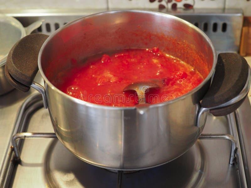 Salsa de tomate de la salsa de tomate foto de archivo libre de regalías