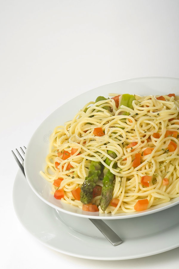 Download Salsa Y Espárrago Frescos Naturales De Tomate Del Espagueti Foto de archivo - Imagen de queso, cocina: 7151396