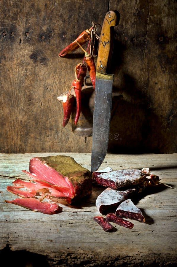Salsiccie ed antipasto fotografia stock libera da diritti