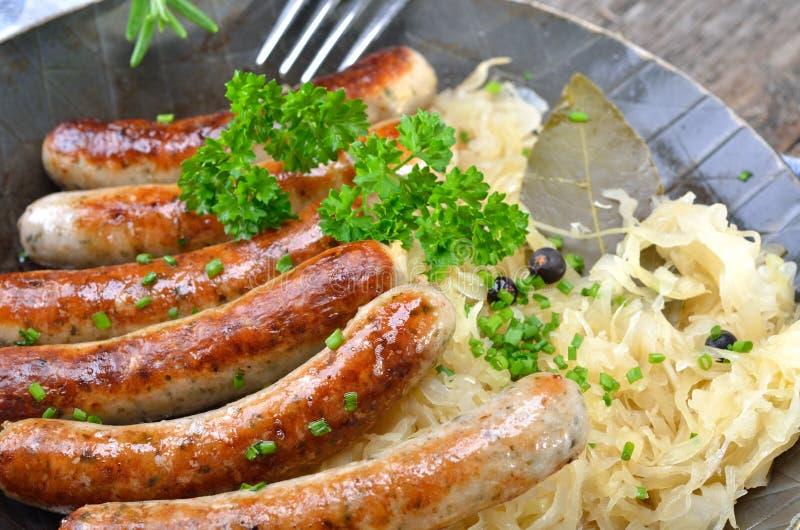 Salsiccie fritte bavaresi immagini stock libere da diritti