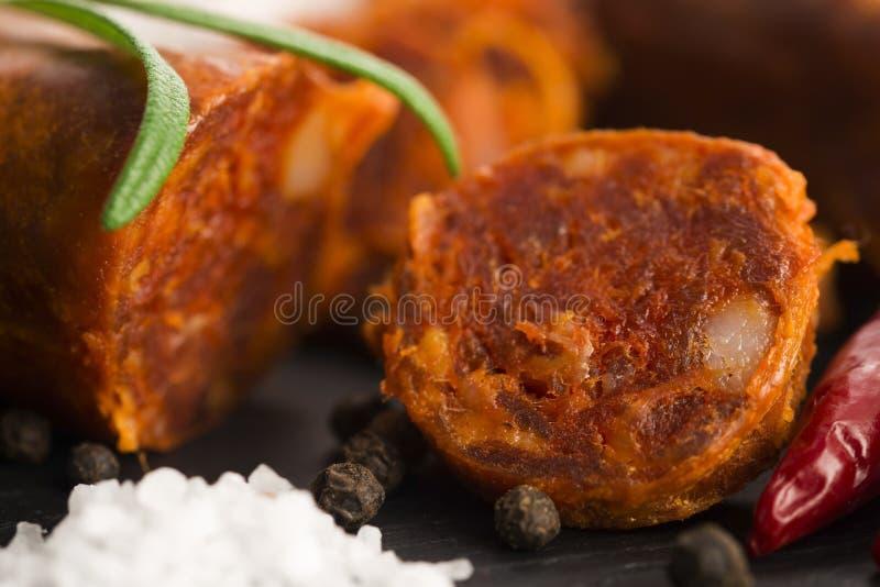 Salsicha tradicional espanhola do chouriço imagens de stock