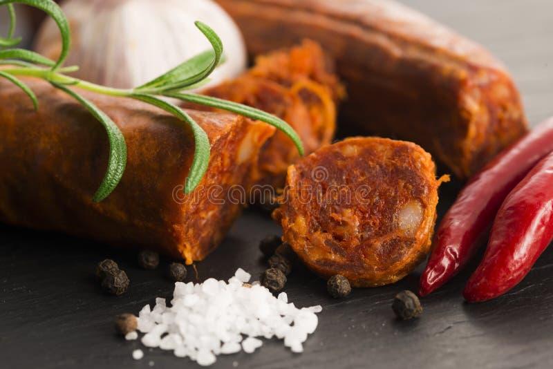 Salsicha tradicional espanhola do chouriço imagem de stock royalty free