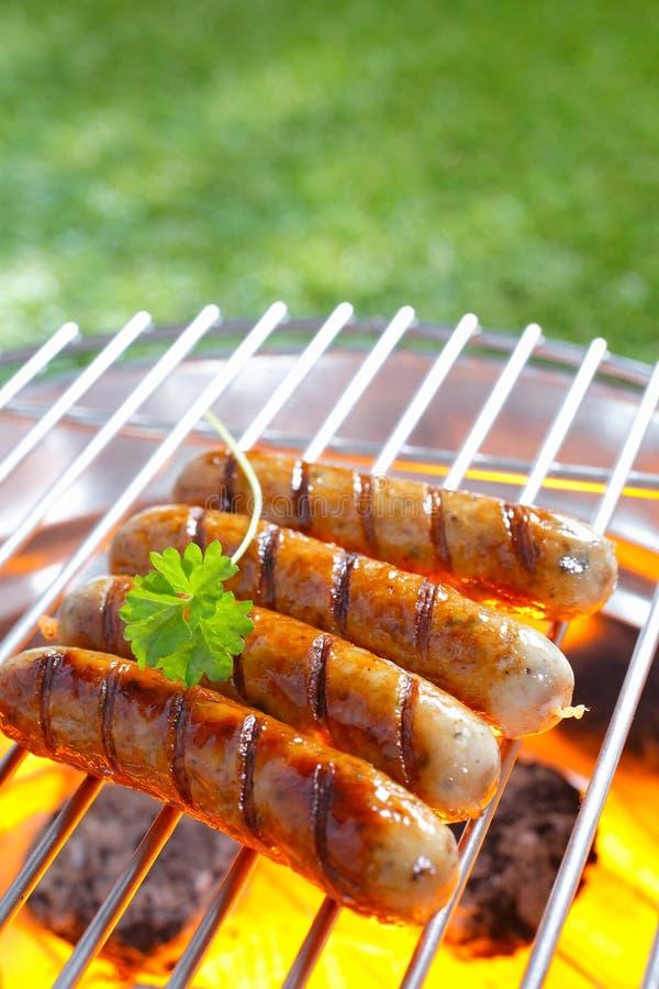 Salsichas grelhadas deliciosas fotos de stock royalty free