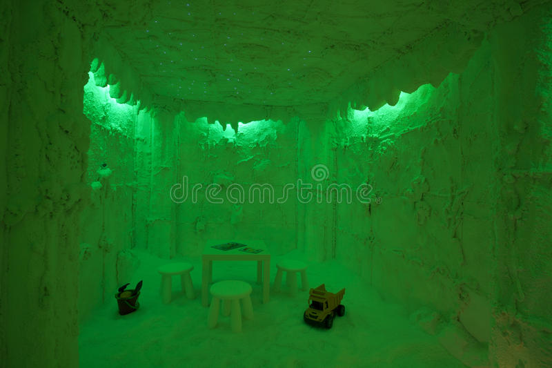 Download Salt Cave Room In Green Stock Images - Image: 24892084