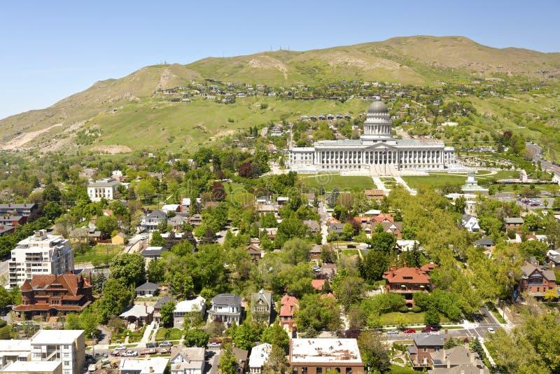 Salt Lake City-Kapitolgebäude und -nachbarschaft lizenzfreies stockbild