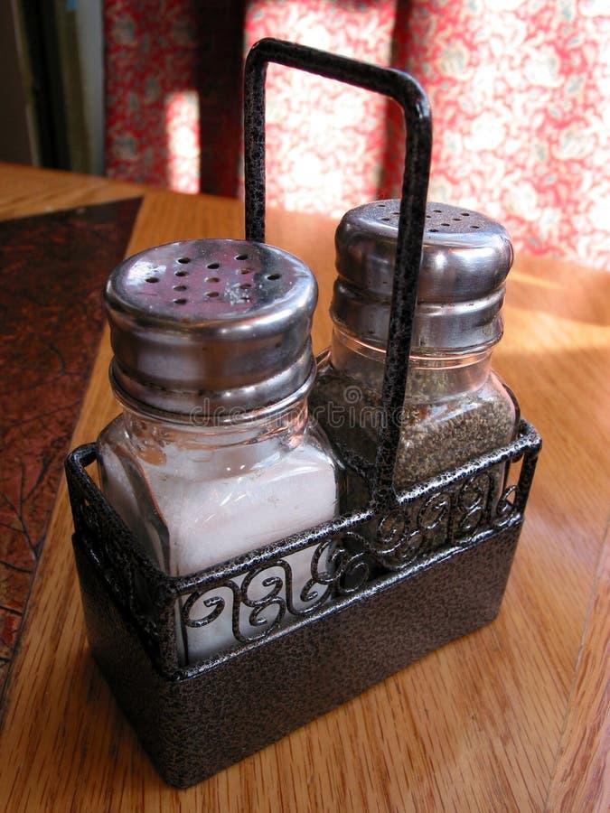 Salt peppar fotografering för bildbyråer. Bild av restaurang - 734167