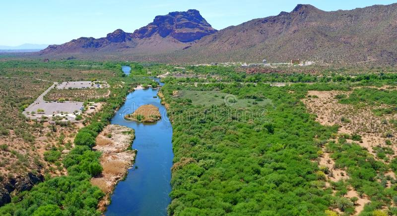 Salt River (Rio Salado) Ansicht in Arizona stockfotografie