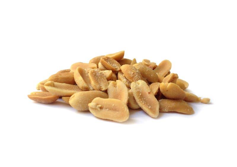 saltade jordnötter som grillas royaltyfri foto