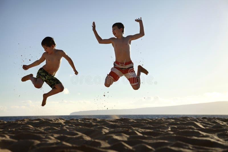 Salte en la playa foto de archivo libre de regalías