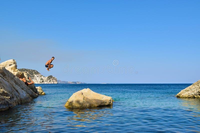 Salte no mar fotografia de stock