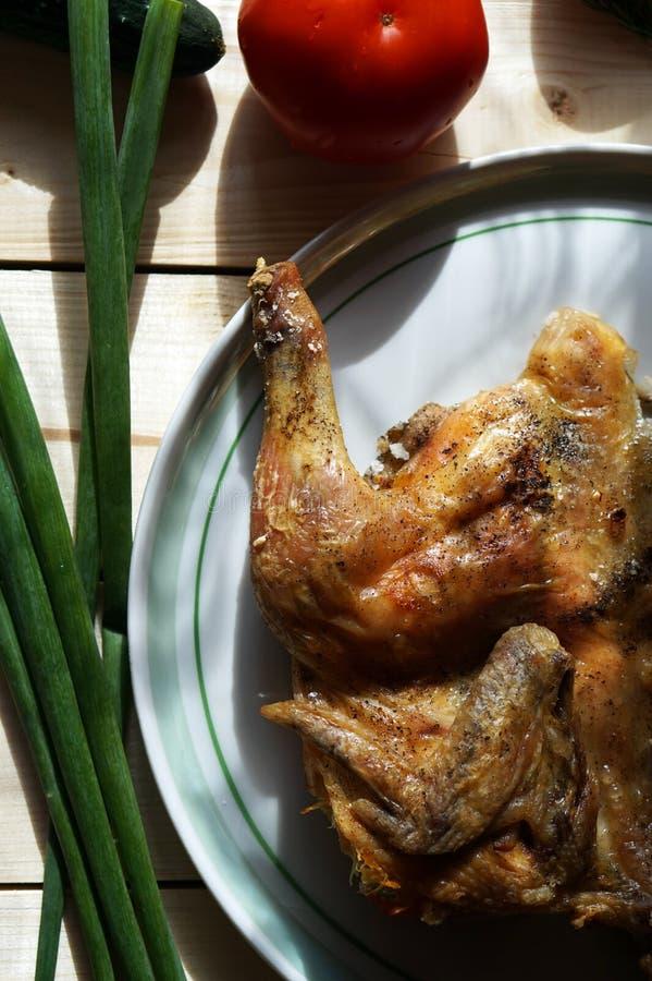 Salted зажарил цыпленка стоковое фото