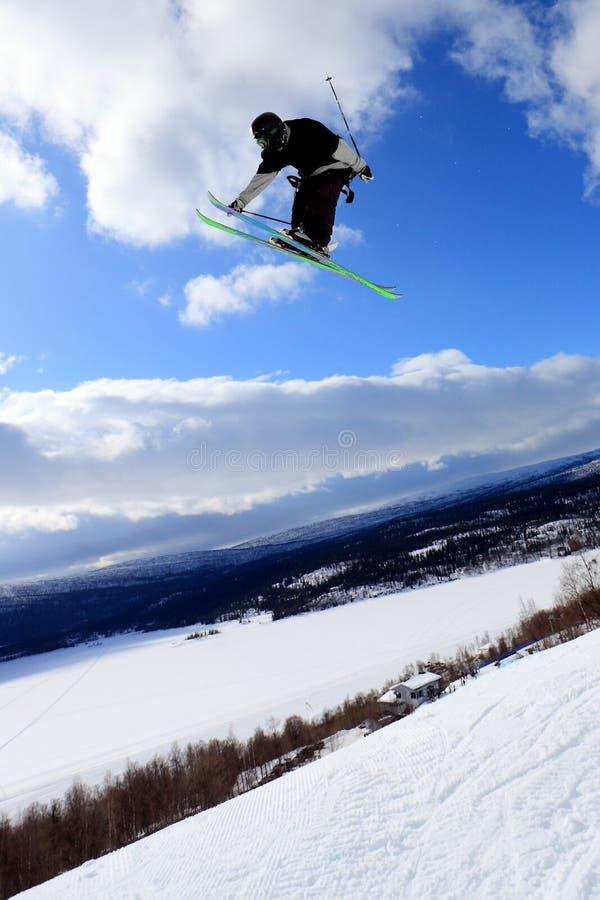 Salto de esquí fotos de archivo libres de regalías